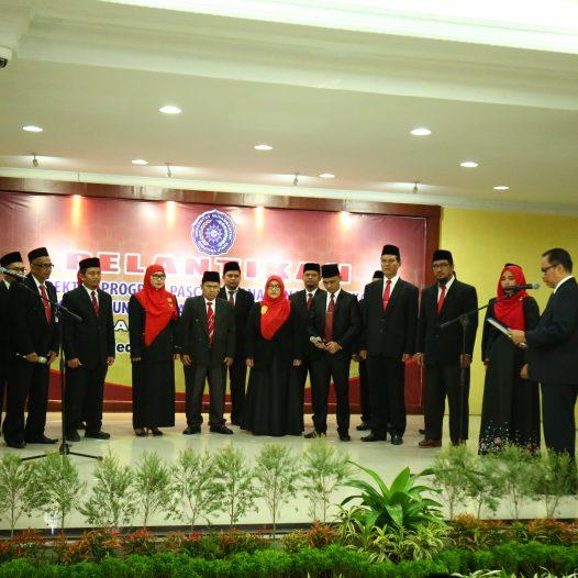 Rektor Resmi Lantik Direktur Program Pascasarjana dan Wakil Dekan Se-UMSU Periode 2017-2021